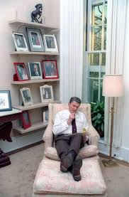 reagan oval office president ronald reagan writing a speech in the white house oval