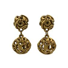 gold drop earrings kalinger gold drop earrings for sale at 1stdibs