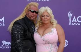 dog the bounty hunter s wife beth chapman updates fans during