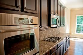 kitchen cabinet design singapore 5 ways to choose the right kitchen cabinet for hdb