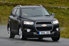 chevrolet captiva review auto express