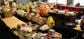 run healthcare employees donate food baskets to families in