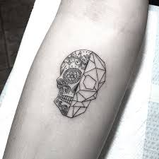 best 25 tattoos skull ideas on pinterest tattoo apache