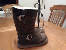 ugg s caspia ankle boots gravy brown caspia ugg boots ebay