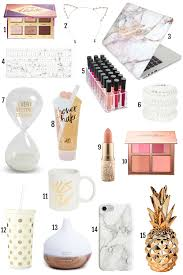 best gift for her the best gifts for her under 25 gift guide mash elle