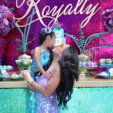 brown birthday party nia guzman throws royalty brown a lavish birthday party