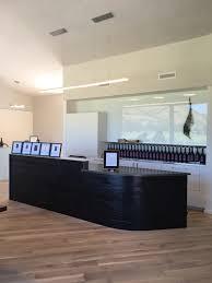 green hammer completes new tasting room at cowhorn vineyard u0026 garden
