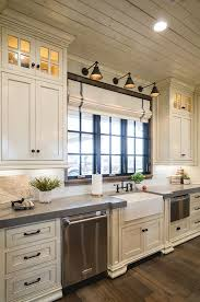 ideas for white kitchen cabinets best 25 country kitchen cabinets ideas on farmhouse