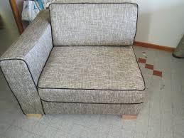 recouvrir un canapé voici un canapé réalisé en cours particuliers coudre soi même