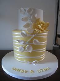 elegant wedding cake but it u0027s so pretty would make a lovely