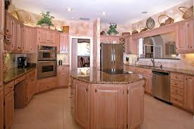 How To Faux Finish Kitchen Cabinets by Kitchen Cabinets And Paint
