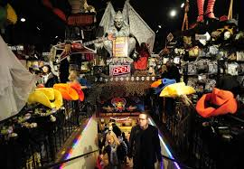 is spirit halloween open on labor day best places for halloween decorations in cleveland cbs cleveland