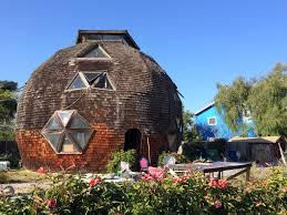 geodome house file isla vista geodesic dome house jpg wikimedia commons