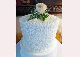 wedding cake icing how to decorate a cornelli lace wedding cake