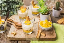 cuisine verrine verrine de mangue mascarpone vanille et petit feuilleté caramélisé