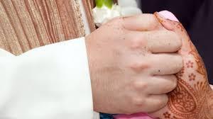 wedding nite saudi groom divorces on wedding after seeing