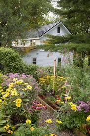 Image Flower Garden by 30 Spring Garden Ideas Pictures Of Beautiful Spring Gardens