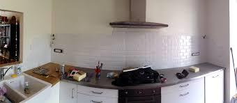 fixer une cuisine sur du placo fixer un meuble sur du placo cobtsa com