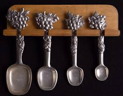 seagull pewter measuring spoons grapes pattern dated 1996 my