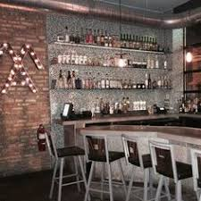 Top Bars In Detroit Best Bars In Detroit To Drink At Right Now Beverage Director