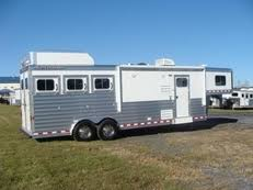 Used Horse Barn For Sale New U0026 Used Horse Trailers For Sale Horseclicks