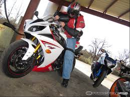 2009 yamaha yzf r1 comparison street motorcycle usa