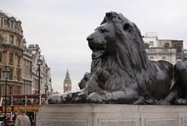 Outdoor Lion Statue by History Behind Lion Statues In House Of Cards Opening Credits