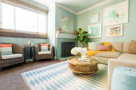 Decorating Large Walls In Living Room by 10 Affordable Decorating Ideas For Large Walls U2014 Life At Home