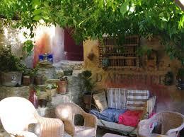 chambres d hotes vaison la romaine avec piscine au coquin de sort maison d hôtes en provence