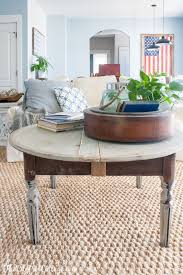 table round distressed coffee table dubsquad