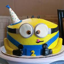 minion birthday cake the 25 best minions birthday cakes ideas on