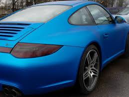 teal blue car gaga studio automobilių priežiūros profesionalai