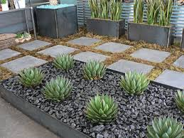 Black Garden Rocks 50 Modern Front Yard Designs And Ideas Renoguide