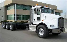 kenworth t800 truck new 2009 kenworth t800 tri drive cab chassis c13 or c15 cat power