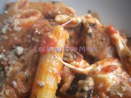 cuisiner aubergine four pâtes aux tomates aubergines et mozzarella de oliver les