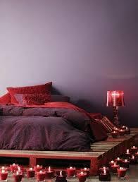 chambre a coucher bordeaux chambre à coucher ambiance apaisante nuances variées bordeaux et