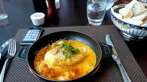 cuisine lyonnaise recettes histoire et origine de la quenelle de lyon cuisine lyonnaise