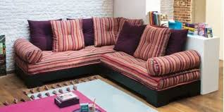 coussins de canapé accessoirisez votre canapé d angle avec des coussins