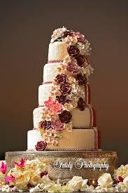 wedding styles and wedding cake trends