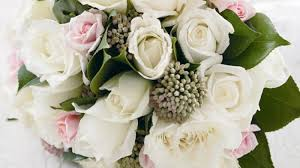 how to make a wedding bouquet homelife how to make a wedding bouquet