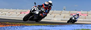 the race academy test the bmw s1000rr
