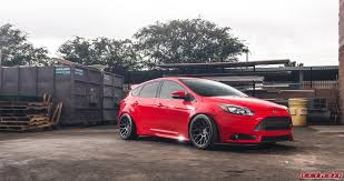 ford focus st modded ford focus st photo bomb at racing