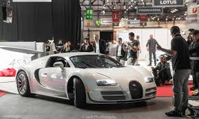 first bugatti veyron ever made bugatti veyron super sport 300 on a quest for the best