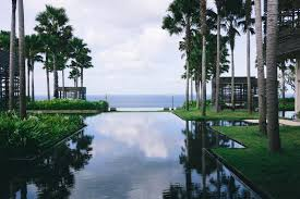 where to stay in bali indonesia alila villas uluwatu bali review