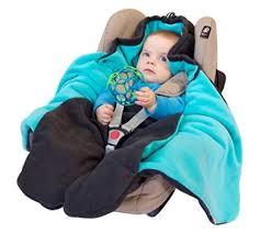 couverture siège auto bébé pourquoi préférer la couverture bébé pour siège auto à l anorak