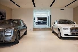 roll royce malaysia new rolls royce showroom opened in st petersburg speeddoctor