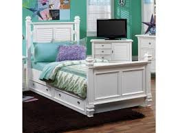 Belmar Bedroom Furniture by Holland House Belmar Youth Twin Poster Bed With Louvre Panel