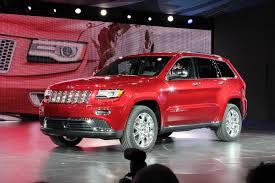 lexus vehicle recognition digital billboards 2014 jeep grand cherokee 100415453 h jpg