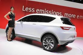 nissan juke white and red seat plotting nissan juke rival for next year