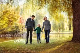 Outdoor Family Picture Ideas Outdoor Fall Family Photo Clothing Ideas 6 Tips Crabapple